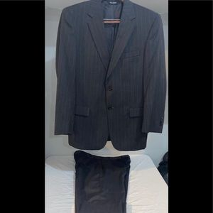 JOS. A. Bank pin stripe suit Mens
